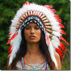 indian_headdress_-_small_duck_-_red_w_white_base_2_grande